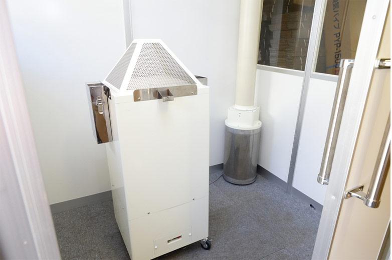 喫煙室用 脱臭装置